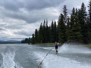 Teresa waterskiing
